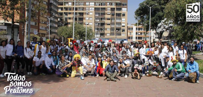 Todos hoy apoyando la jornada de día sin carro en Bogotá