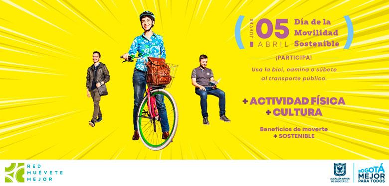 Personas en bicicleta el 5 de abril dia de la movilidad