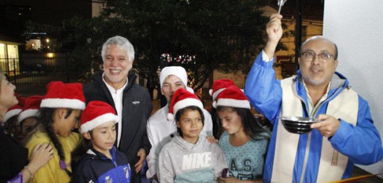 Alcalde Enrique Peñalosa en compañía de las niñas de IDIPRON Inaugura nueva sede administrativa del instituto
